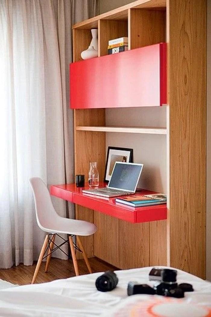 Vermelho como uma das cores para home office.