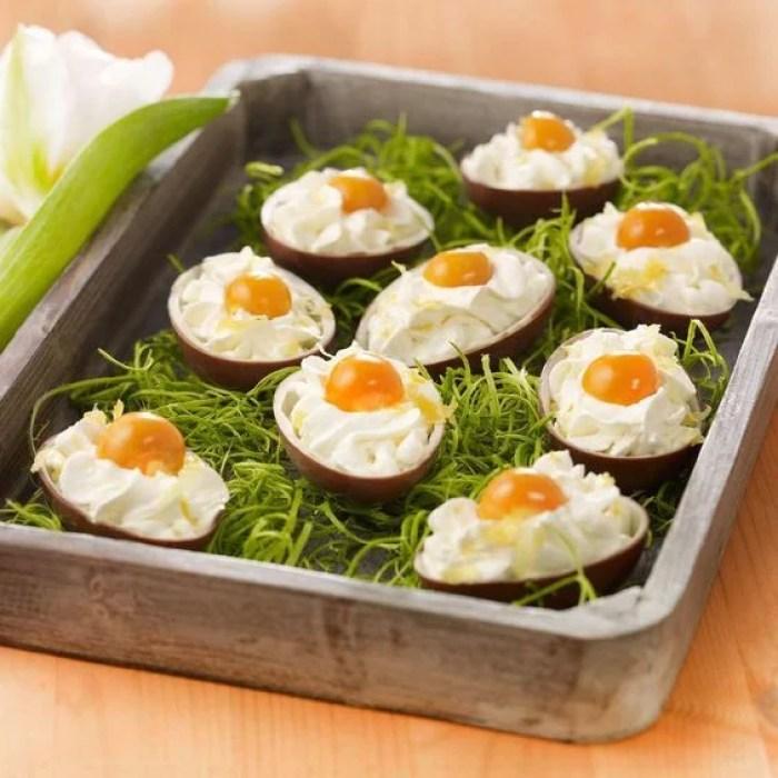 Ovos de páscoa que parecem fritos.