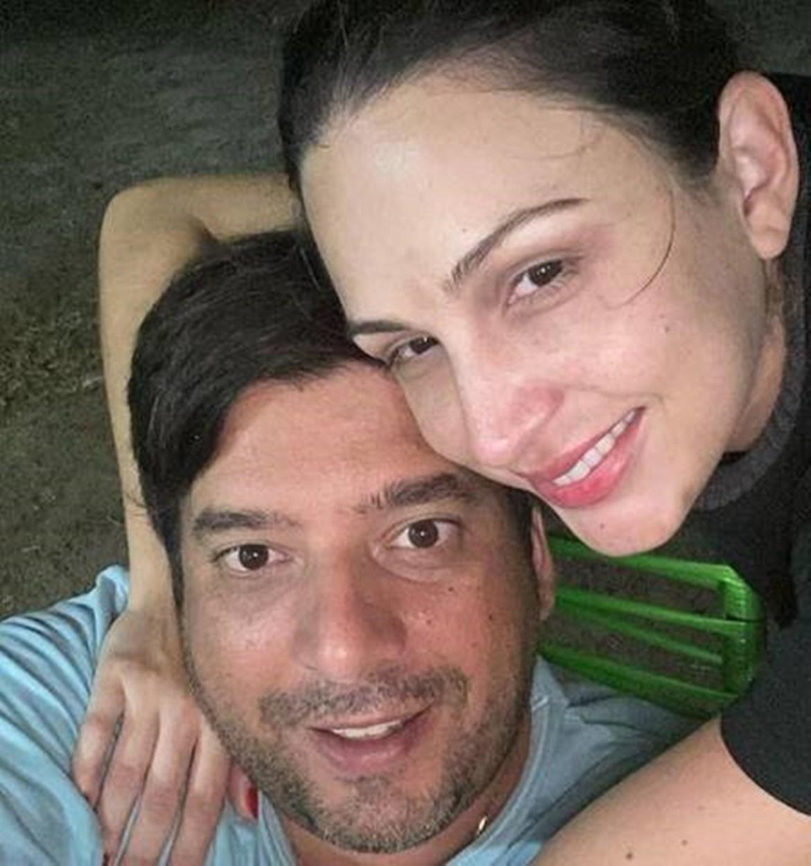 Ex-noivo de Juliette e sua atual esposa.