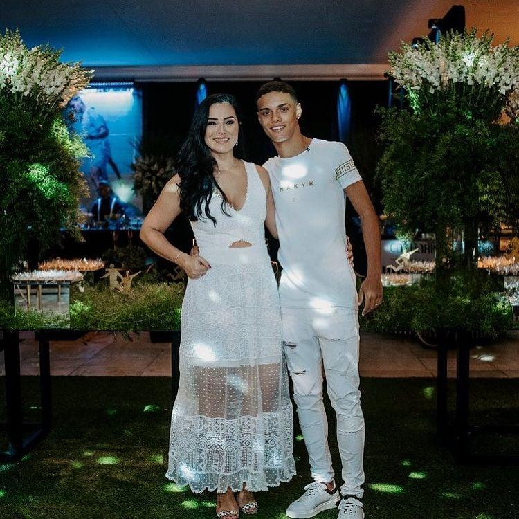 Janaína Mendes com o filho