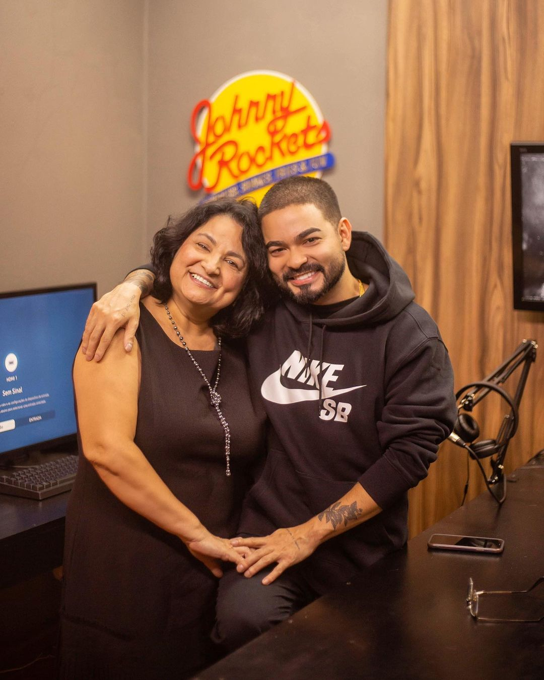 Yudi e sua mãe.