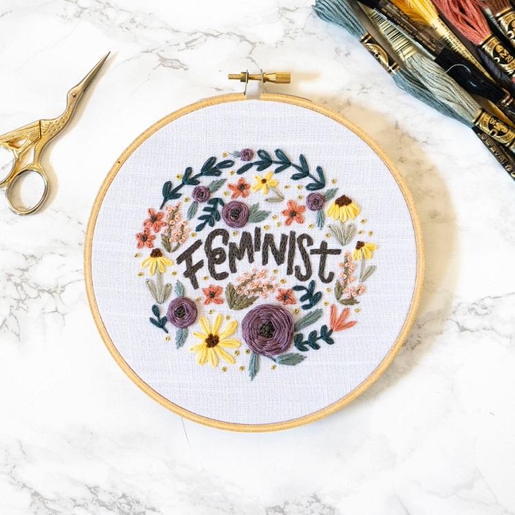 bordado para decoração feminina