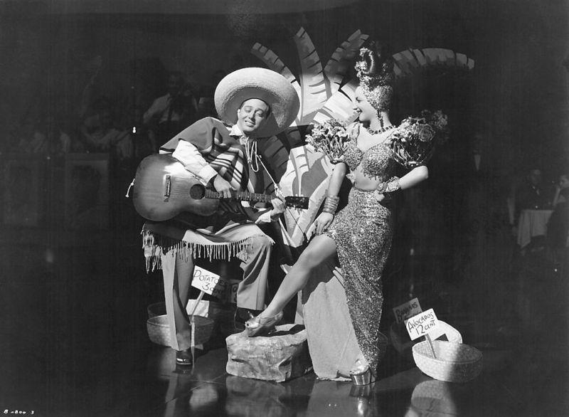 "Carmen Miranda no filme ""Copacabana"", em 1947."