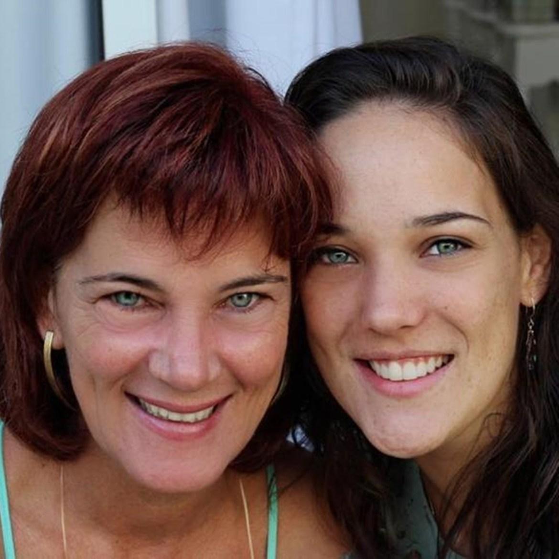 Adriana Birolli e sua mamãe.