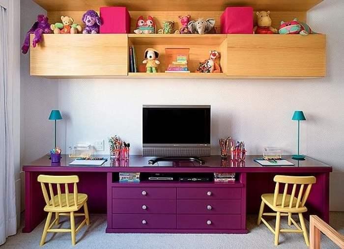 Mesas roxas.