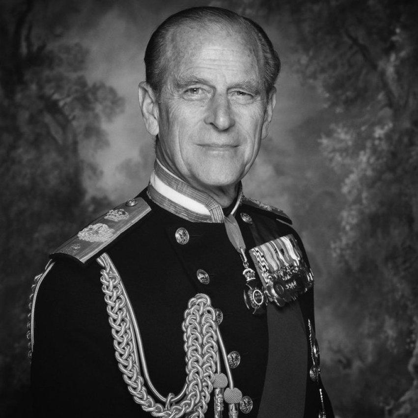 Foto oficial do Príncipe Philip.