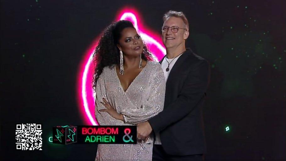 Adriana Bombom e Adrien do Power Couple