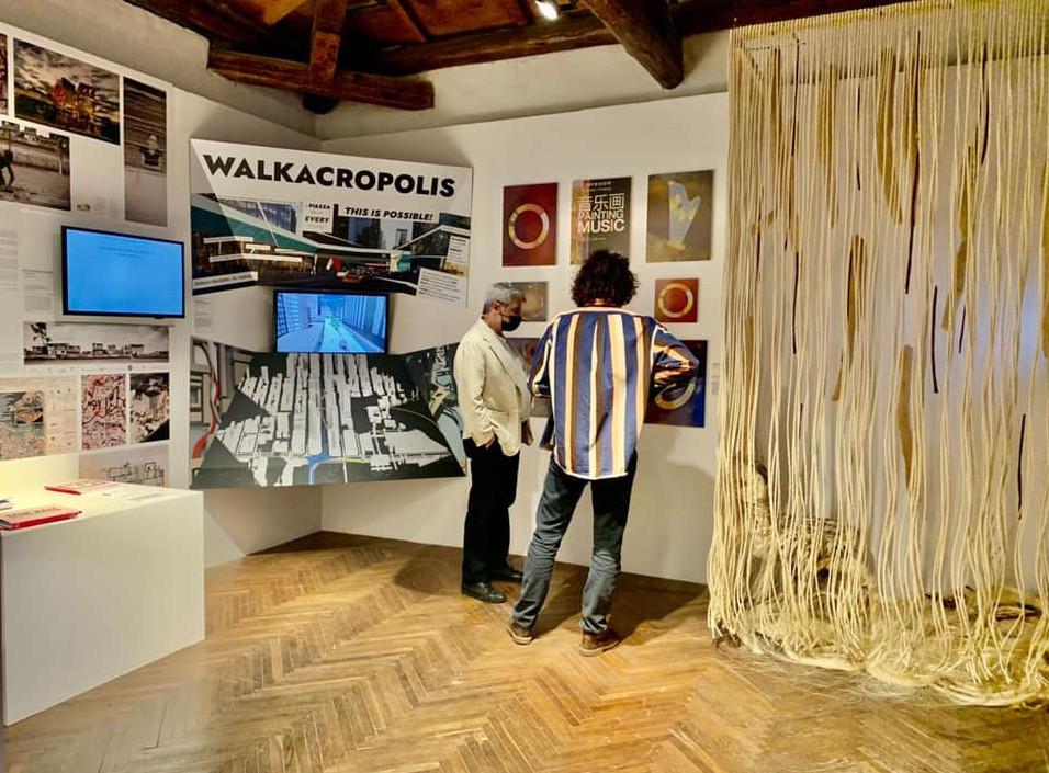Foto da mostra da Saphira & Ventura Art Design e Architecture em evento simultaneo a Bienal de Veneza em Veneza
