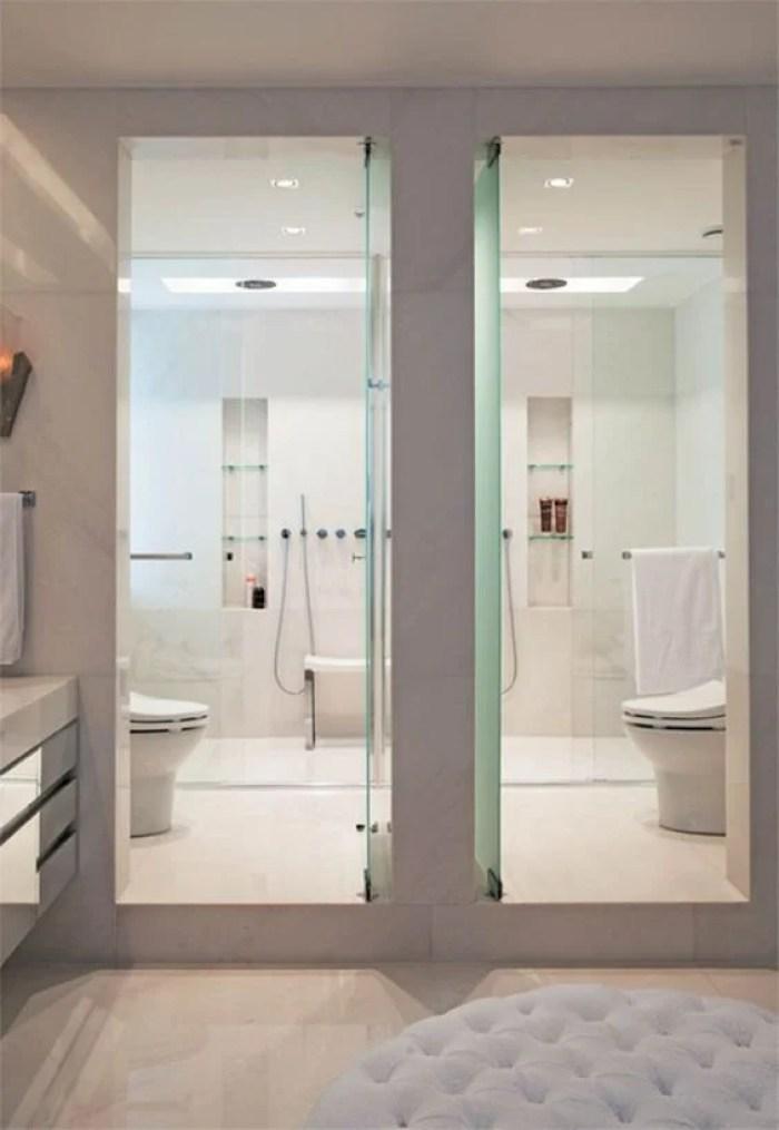 Banheiro dois em um.