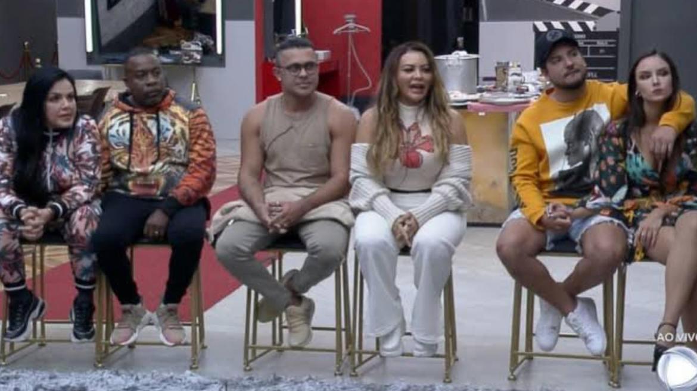 """A primeira DR do Power Couple está formada:Bibi e Pimpolho, Rod e Márcia, Thiago e Geórgia. Esse """"paredão"""" é falso (imagem: reprodução)"""