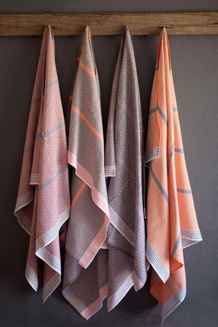 Quatro toalhas.