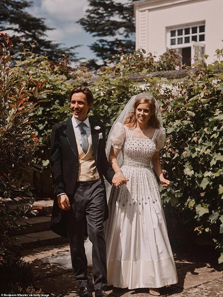 Noivos Edoardo e Beatrice.