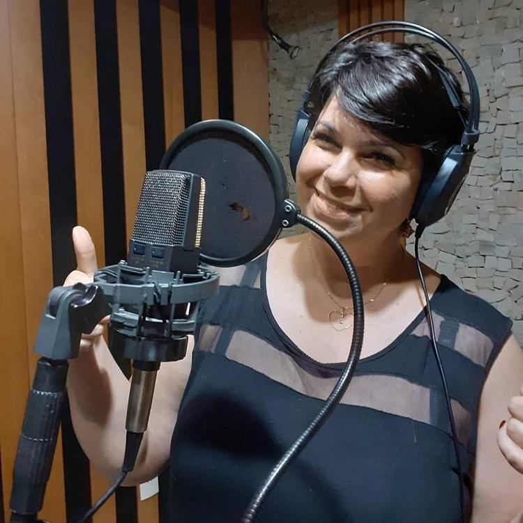 Cristiane Ferr, cantora.