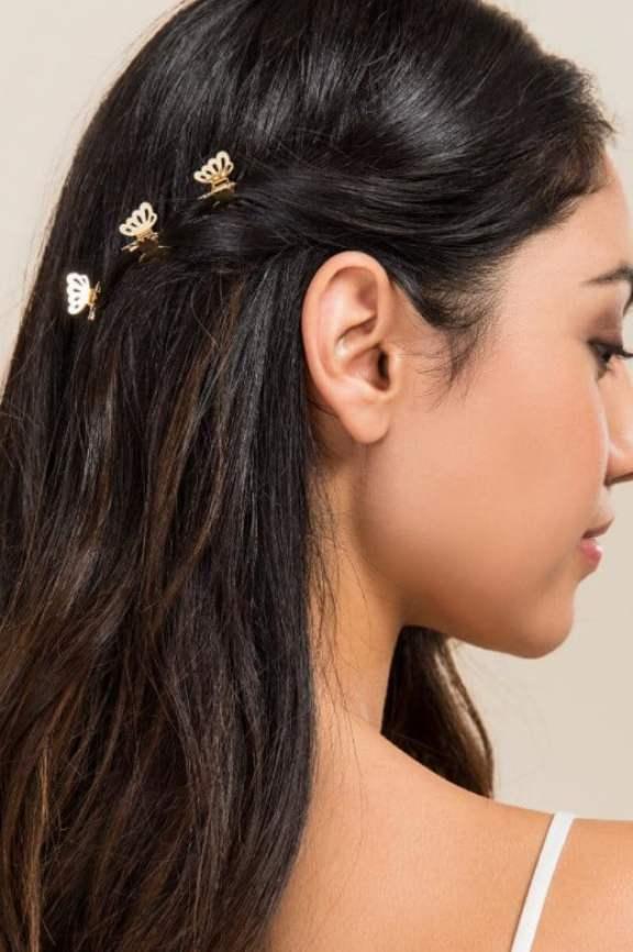 mini piranhas nas laterais do cabelo