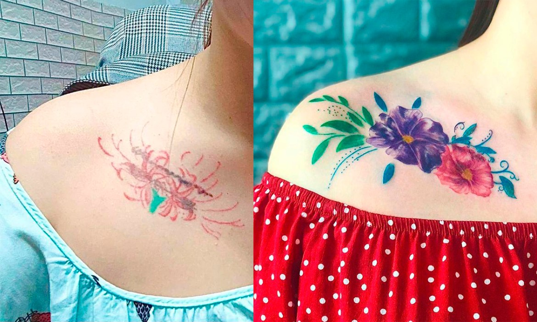 Antes de depois de uma cobertura de uma tatuagem na clavícula. A tatuagem nova é uma de uma flor roxa, e a da outra rosa cercadas de folhas.