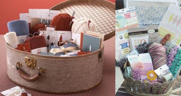 cesta com materiais de crochê