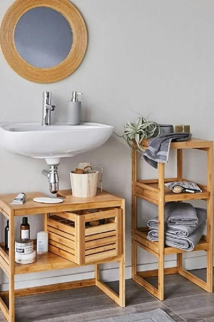 Banheiro barato com pallet.