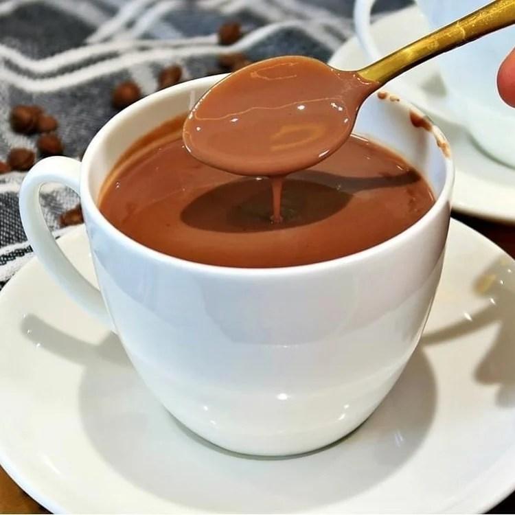 Foto de chocolate quente.