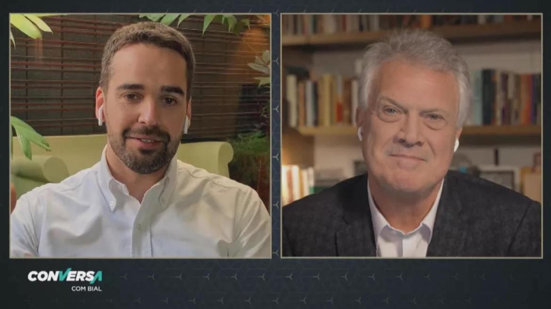 Pedro Bial entrevista Eduardo Leite na Globo (imagem: reprodução)