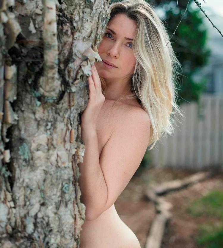 Letícia Spiller nua