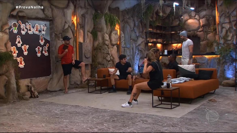 MC Negão da BL discute com Thomaz Costa no Exilio do Ilha Record. Fonte: Reprodução/Record TV
