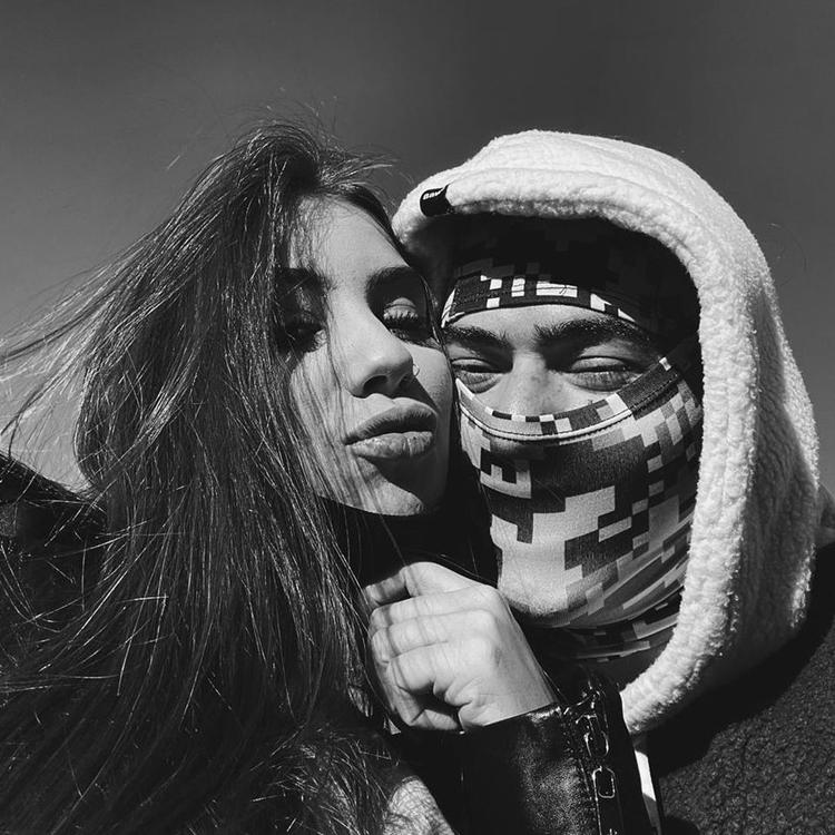 Foto postada por Maria Lina e Whindersson Nunes no fim do relacionamento.