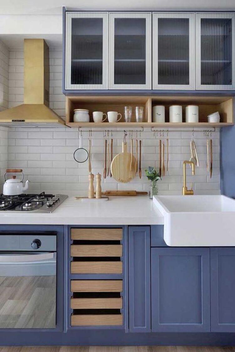 Cozinha azul como medicina do ambiente.