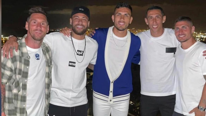 Neymar encontra com amigos do PSG na Espanha. Fonte: Instagram