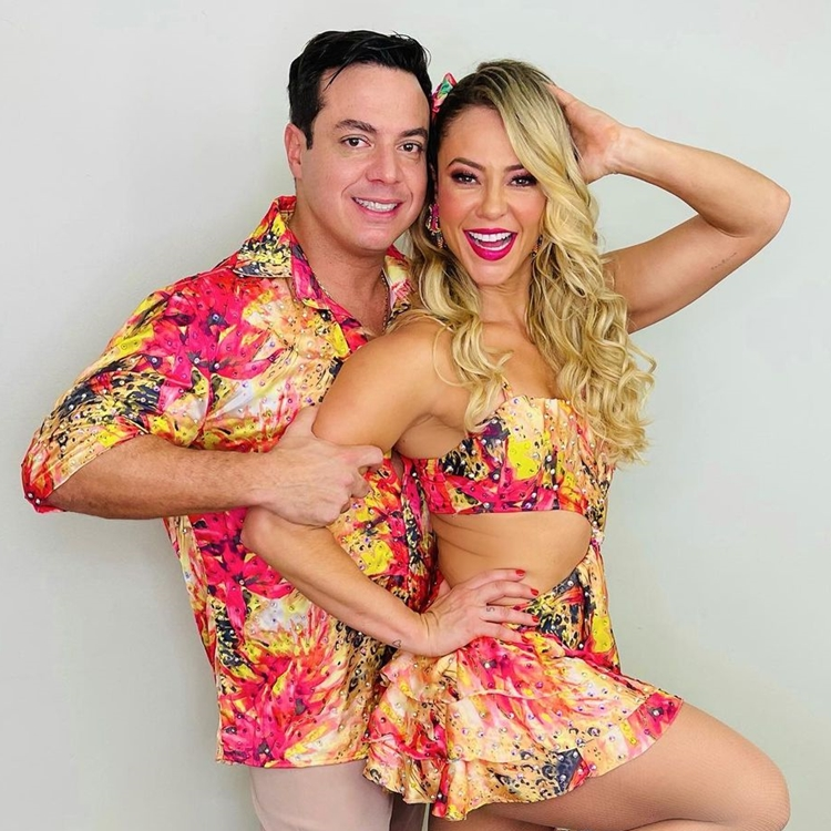 Leandro Azevedo e Paolla Oliveira - Super Dança.