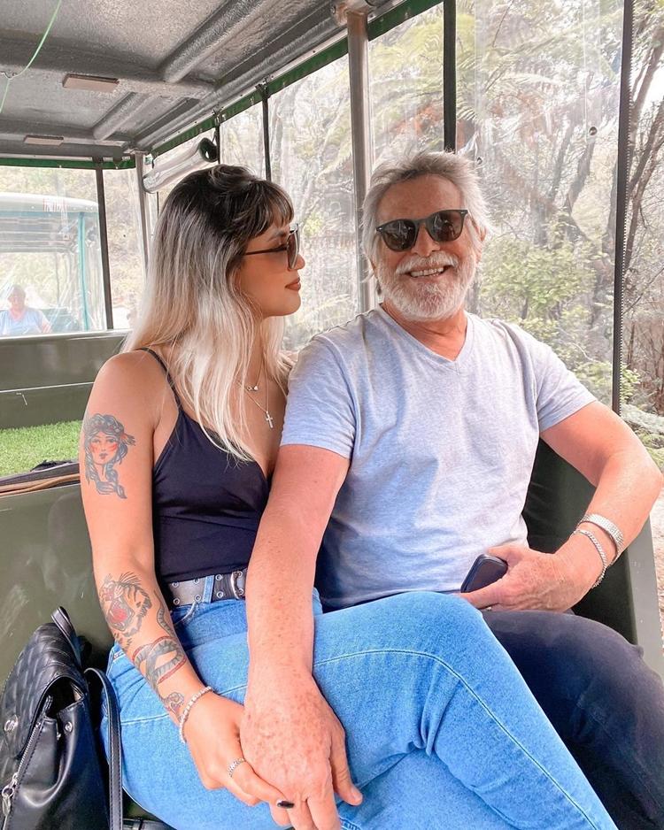 Foto de Carol Junger e José de Abreu.