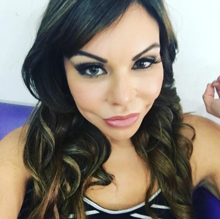 Liziane Gutierrez já fez cirurgia na parte íntima
