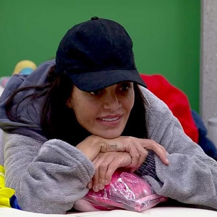 Foto da atriz Valentina.