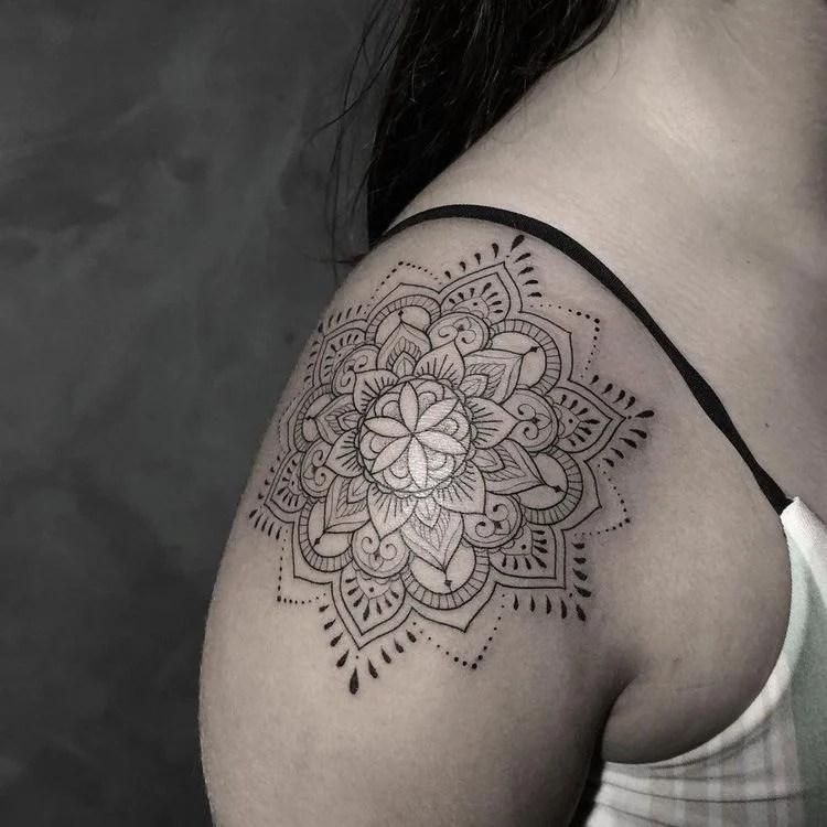 tattoo de mandala