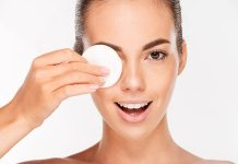 The Quick and Fabulous Eye Makeup Remover Methods