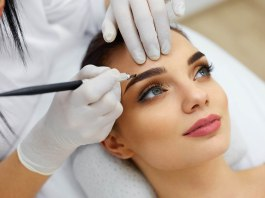 Permanent Makeup Artist