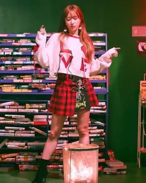 Love Sweater Short | Hani – EXID