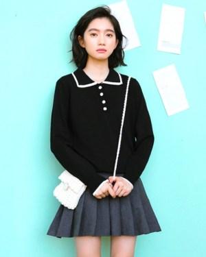 red-velvet-seulgi-chic-black-blouse