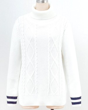 exo-baekhyun-comfy-white-turtleneck-sweater