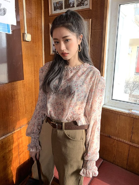 Transparent Flower Blouse | Wendy – Red Velvet