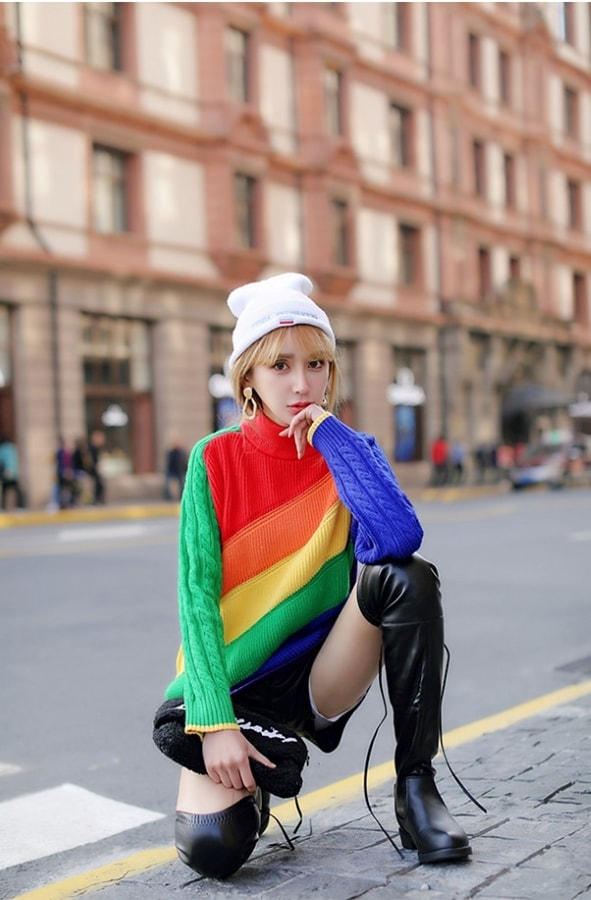 Colorful Striped Knitted Sweater | Hyuna