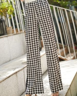 Irene Black & White Printed Trouser Pants (8)
