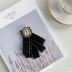 White Doll Collar Black Shirt With Brooch  | Seulgi – Red Velvet