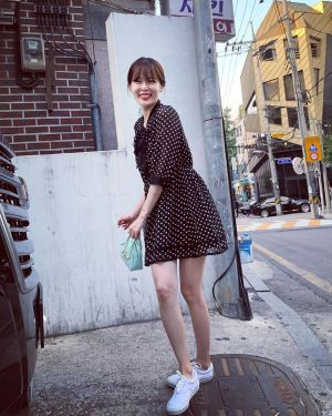 Polka Dots Black Dress | Hyuna