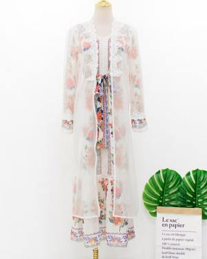 IU Retro Floral Dress (9)