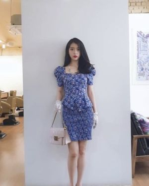 Fitting Blue Flower Skirt | IU – Hotel Del Luna