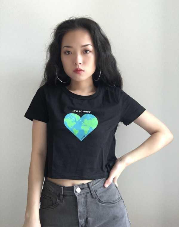 Earth Heart Black T-Shirt | Jennie – BlackPink