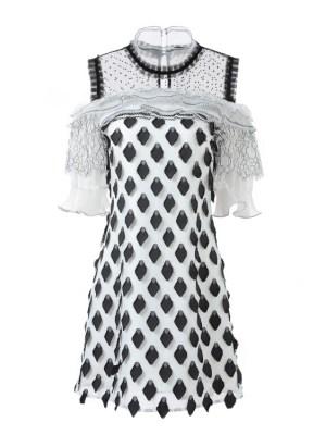Jisoo Off Shoulder Diamond Embroidery Lace Dress (10)