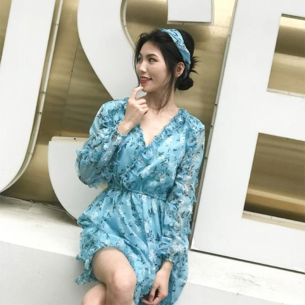 Blue Floral Printed Ruffled Jumpsuit | Rose – BlackPink
