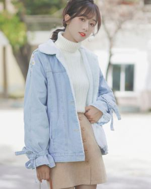 Cute Blue Denim Jacket With Wool Inner Lining