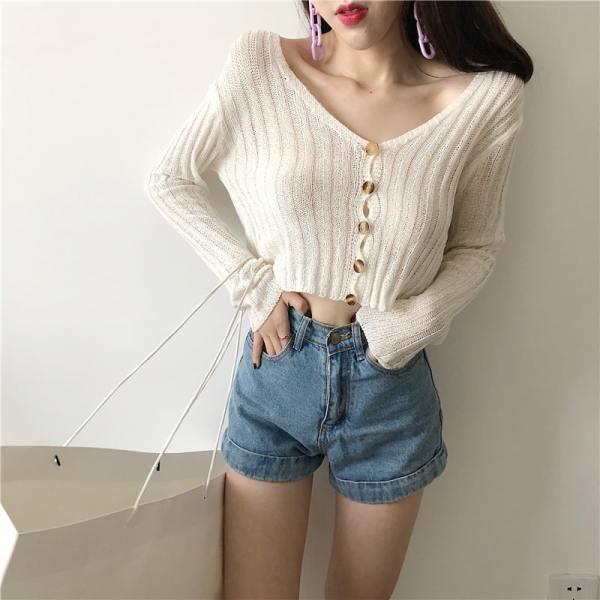 Buttoned Short Thin Cardigan | Hwasa – Mamamoo